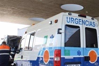 Trasladada al hospital una mujer tras ser rescatada de un incendio de una vivienda en Algeciras (Cádiz)