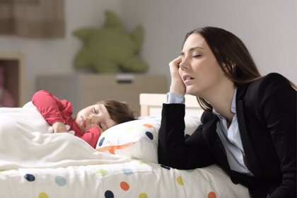 Entre 400 y 700 horas de sueño se pierden durante el primer año de paternidad