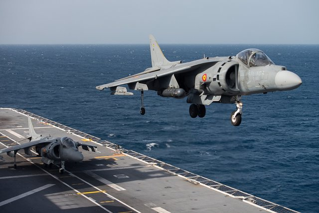 Aviones caza Harrier AV8