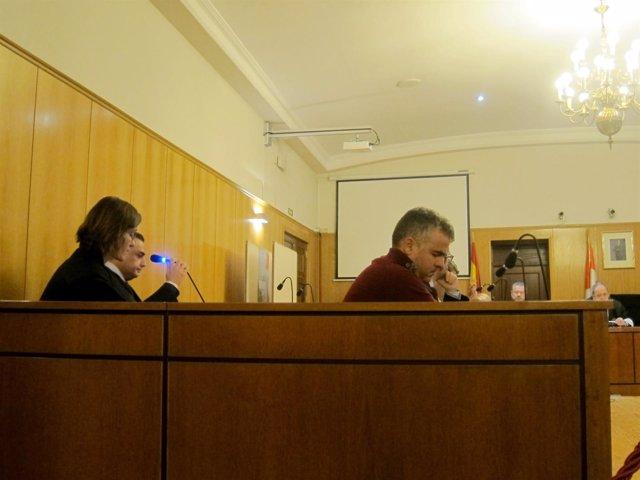 Los acusados en el banquillo de la Audiencia de Valladolid.
