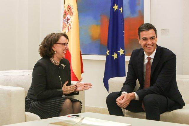 Pedro Sánchez recibe a la secretaria general de la Secretaría General Iberoameri