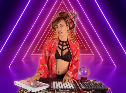 Monica Moss presenta colorista videoclip para Lxs Chicxs Quieren Bailar, su pegadizo nuevo single