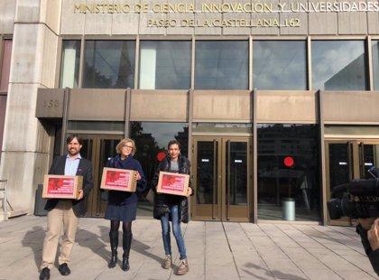 Presentan 260.000 firmas al Gobierno para pedir una partida presupuestaria específica para el cáncer de páncreas