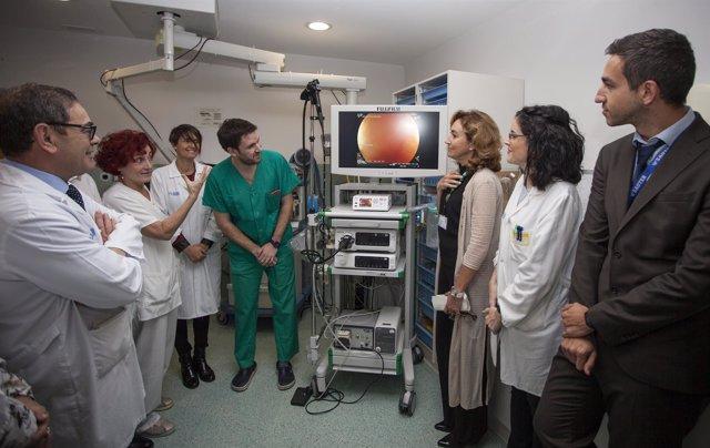 Consejera visita San Pedro y conoce endoscopios