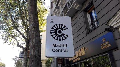 El Ayuntamiento diseña restricciones al tráfico en vías perimetrales a Madrid Central por saturación peatonal