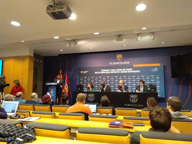 Rueda de prensa con el conseller Chakir el Homrani y representantes del Barça