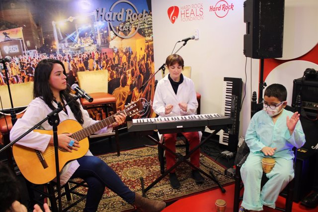 La sala de música Hard Rock en el Hospital La Paz