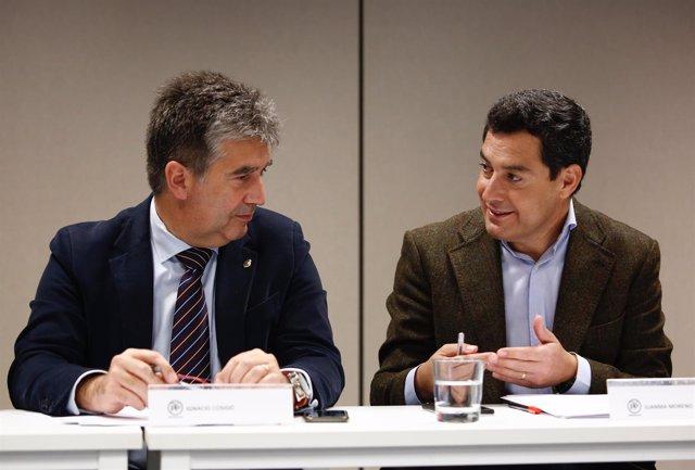 El portavoz del PP en el Senado, Ignacio Cosidó, y el presidente del PP-A