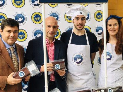 La ruta de la mojama con IGP de Barbate e Isla Cristina finaliza en Málaga su campaña de promoción por toda España
