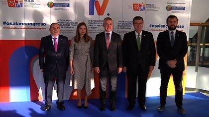 """Urkullu asegura que el objetivo del Gobierno Vasco es """"la mejora sostenida"""" de las condiciones de trabajo en Euskadi"""