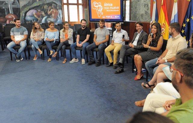 [Grupocanarias] Nota De Prensa Y Foto: Acción Exterior Becas África