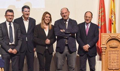 Susana Díaz apuesta por seguir incentivando el autoconsumo de energías renovables en Andalucía
