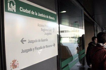 Condenan al hombre que asesinó a su pareja en Almería por tratar de fugarse en el juicio