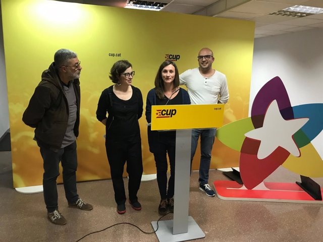Eulàlia Reguant, Joan Coma, Carles Riera y Mariona Pascual (CUP)