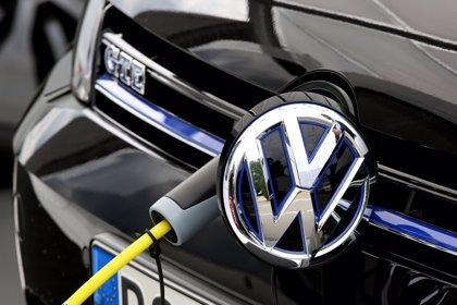 Volkswagen transformará sus plantas alemanas de Emden y Hannover en factorías para eléctricos