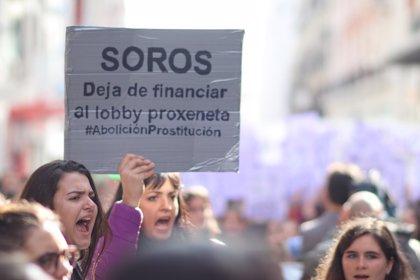 """""""Miles"""" de estudiantes protestan en Andalucía contra el """"machismo"""" en las aulas con la participación de otros colectivos"""