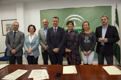 Hospitales y centros sanitarios de Granada se unen a la Estrategia de Promoción de la Salud en el Lugar de Trabajo