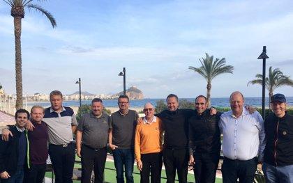 Murcia inicia una nueva operativa con Dinamarca para atraer golfistas en temporada baja