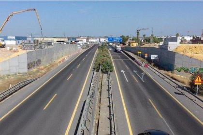 Las obras de duplicación de la A-392 obligan a cortar al tráfico el ramal de la A-376 hacia Alcalá