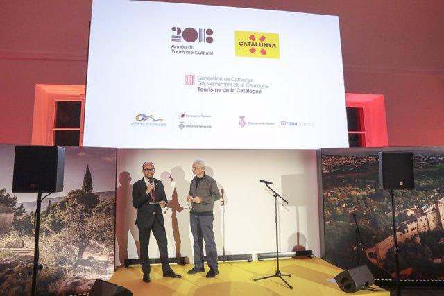 El director de l'ACT, David Font, presenta el 'SomCultura Tour' a París
