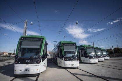 Los trabajadores del metro de Granada deciden continuar las negociaciones con la empresa y no convocan huelga