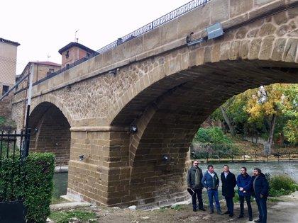 Ejecutivo regional completa la restauración integral del puente de piedra de Cuzcurrita para aumentar la seguridad vial