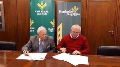 La Fundación Caja Rural del Sur apoya los premios 'Maese Alonso' del Colegio de Médicos de Huelva