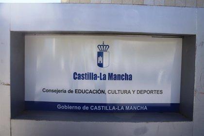 CCOO denuncia a Educación ante la Inspección por presunto fraude por cese de interinos en verano