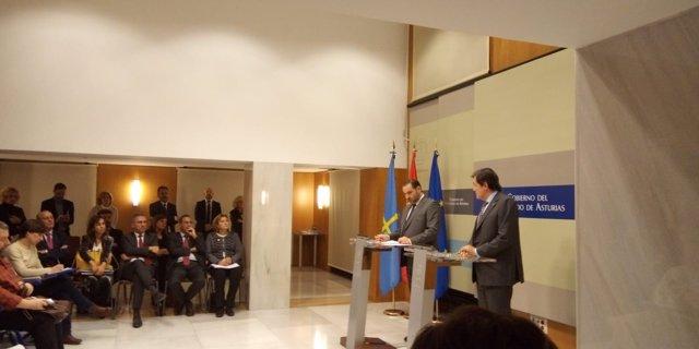 José Luis Ábalos y Javier Fernández