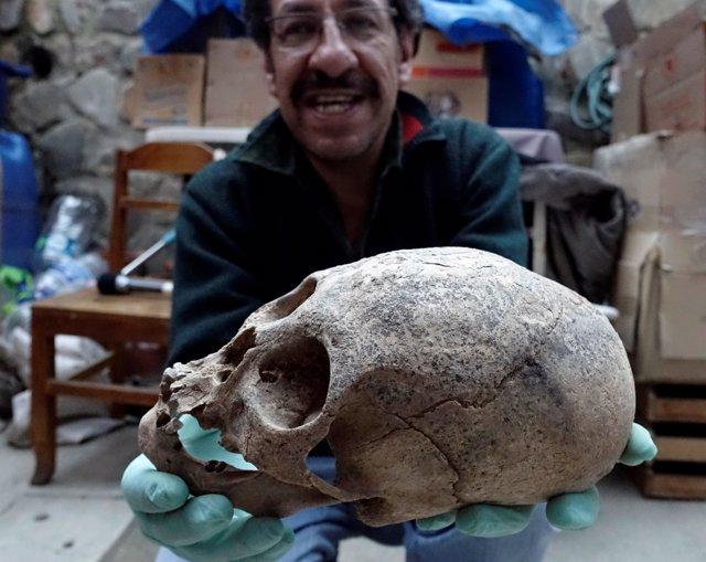 Arqueólogos descubren tumbas colectivas del reino de los Pacajes en Bolivia