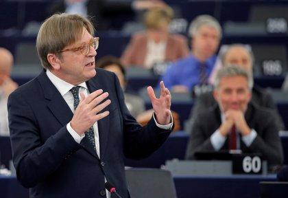 """La Eurocámara celebra que el acuerdo del Brexit garantiza una """"relación cercana"""" entre Londres y la UE"""