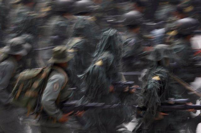 Desfile militar conmemorando el aniversario de la independencia de Venezuel
