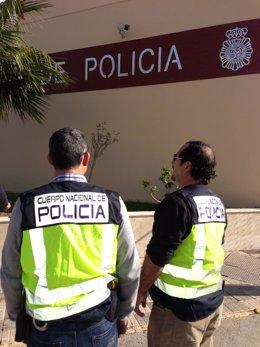 Agentes de la Policía Judicial en Melilla