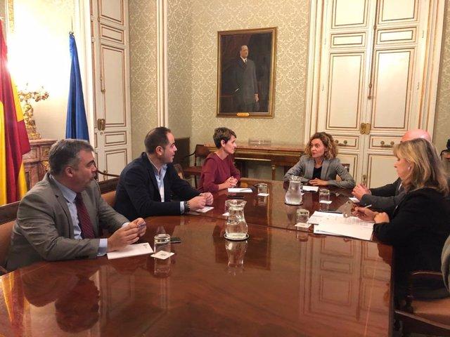 Reunión entre la ministra Meritxell Batet y María Chivite