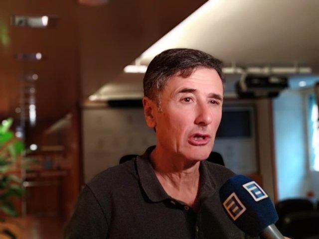 El portavoz de Podemos Asturies, Enrique López