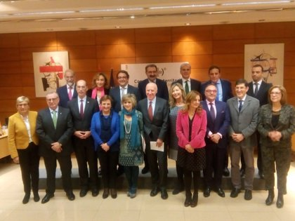 Castilla y León reclama un pleno monográfico sobre financiación y critica que no se trate el déficit de profesio