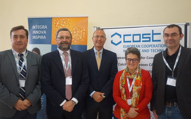 Ibima participa en un encuentro europeo en Málaga para estudio de enfermedades raras del tejido conectivo que calcifican
