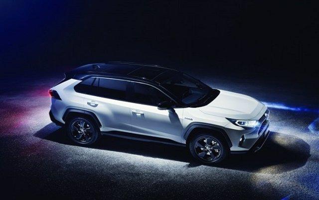 Toyota España pone a la venta el nuevo RAV4 Hybrid con un nuevo sistema híbrido eléctrico
