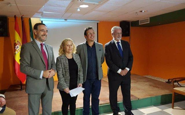 Junta y Ayuntamiento de Cádiz avanzan en el convenio para realizar las últimas fases de viviendas de Cerro del Moro