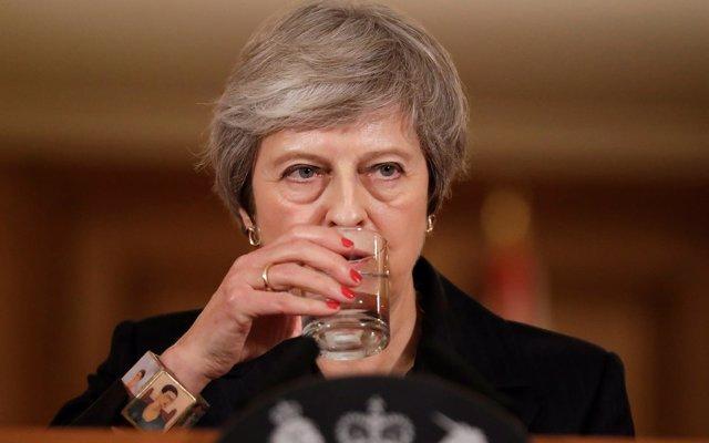 May defiende su acuerdo del Brexit y avisa: 'Voy a dirigir este proceso, no pienso dimitir'