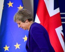 """Theresa May ratifica que el Regne Unit deixarà la UE a partir del març amb """"plena integritat"""" (REUTERS / TOBY MELVILLE)"""
