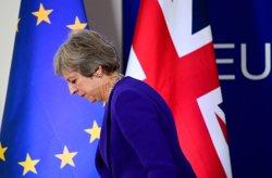 Theresa May ratifica que el Regne Unit deixarà la UE a partir del març amb
