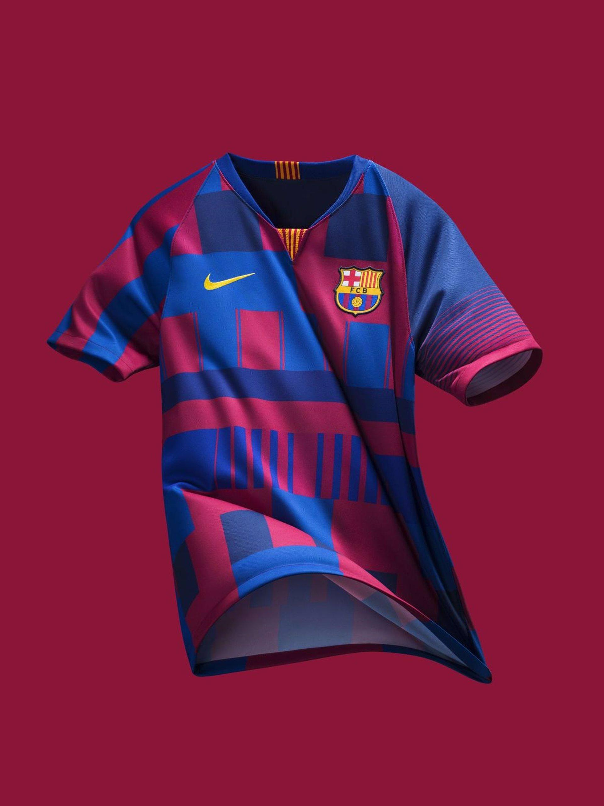 Nike fusiona las 20 camisetas del Barça en una pieza conmemorativa 6a1c8935c6d7c