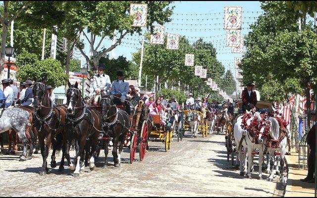 El Consejo Andaluz del Turismo declara evento de interés turístico la exhibición de enganches de la Feria de Abril