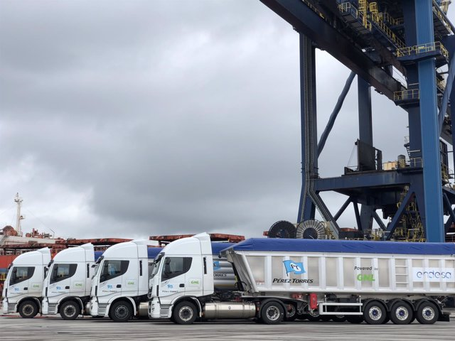 Nuevos camiones de Endesa As Pontes.