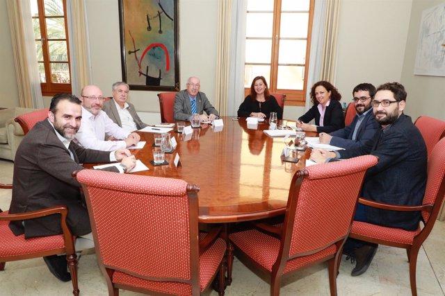 Reunión de Armengol y Cladera con agentes sociales y económicos