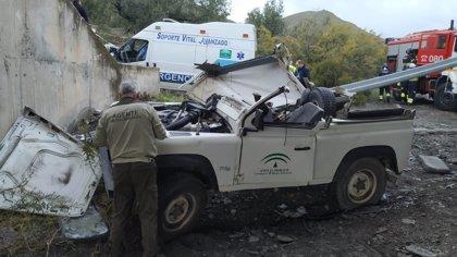 """CCOO advierte del """"insostenible"""" estado de la flota de vehículos de Medio Ambiente tras accidente de una agente"""