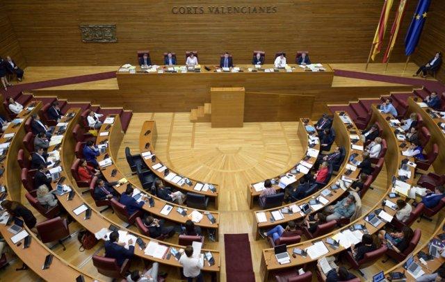 Corts Valencianes en iimagen de archivo