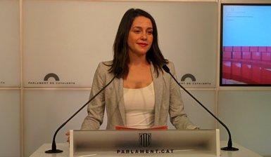 """Arrimadas acusa Marlaska de """"blanquejar els violents"""" a Catalunya (EUROPA PRESS)"""