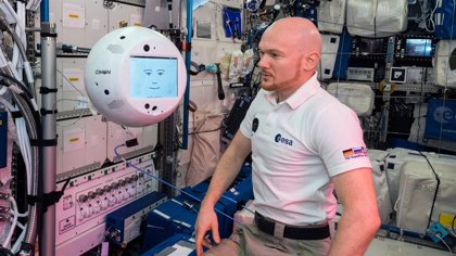 CIMON, primer robot espacial con IA, cumple en su primer día de trabajo